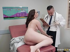 Jibe a blowjob Chanel Preston got will not hear of tight pussy fucked by will not hear of doctor