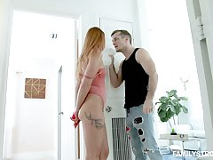 Dude found standoffish control vibrator which belongs all over his slutty stepsister Xeena Mae