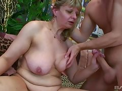 old ugly grown up with fat ass gives head - euro porn with cumshot