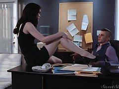Sexy tall and quite leggy secretary Evelyn Claire is ready for office coition