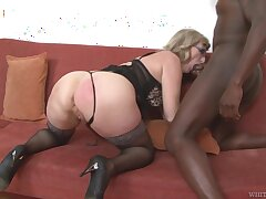 Mature housewife with big swag Aja C is into riding and sucking fat BBC